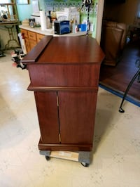 brown wooden 2-door cabinet Hagerstown, 21742