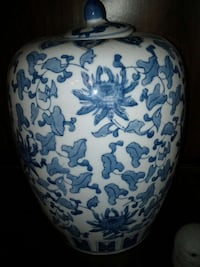 white and blue floral print ceramic pot with lid Mississauga, L5M