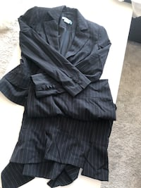 GUESS 2 PIECE SET - BLAZER & SKIRT Toronto, M8Y 3H8