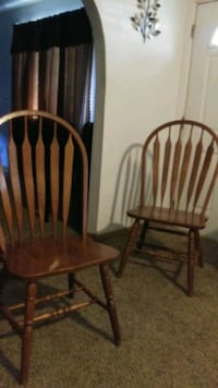 4 sterty wooden chairs Saint Helena Island, 29920