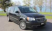 2014 Chrysler Town & Country Touring Oshawa