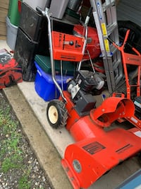 Red and black Montgomery Wards snow blower Shippensburg, 17257