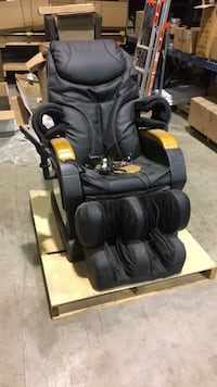 Massage chair Delta, V3M 6Y9