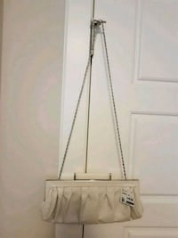Aldo white purse/clutch  Calgary, T3N 0E4
