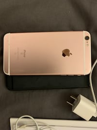 iPhone 6s Plus Rose Gold 64 GB Richmond, V6X