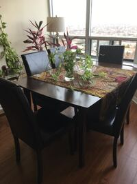 Dining table Mississauga