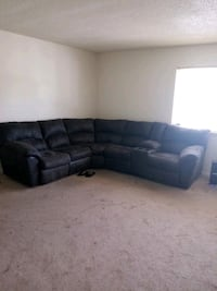 3 piece sectional with cup holders Newport News, 23601