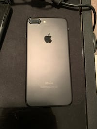 iPhone 7 Plus 128 gb matte black t-mobile pick up only  Bowie, 20716