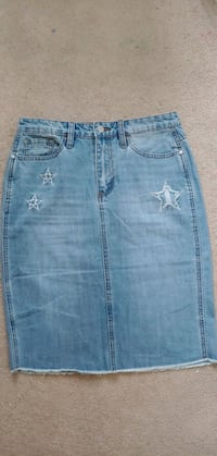 women jeans skirt  Mississauga, L5M 0P4