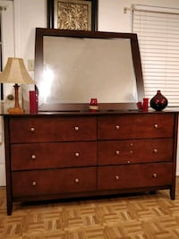 Like new modern wooden dresser/TV stand with big d Annandale, 22003