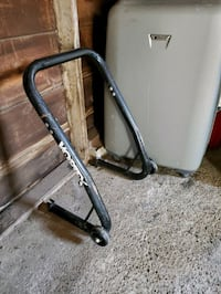 Sport motorcycle rear stand