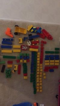 assorted color plastic toy lot Dunn Loring, 22027