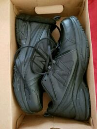 New Balance sneakers men size 10 wide.