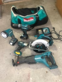 Makita 18-Volt LXT Lithium-Ion Cordless Combo Kit (5-Tool) with (2) 3.0 Ah Batteries, Rapid Charger and Tool Bag Tustin