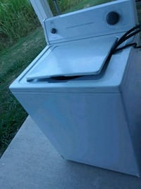 Roper white top-load clothes washer Fort Worth, 76135