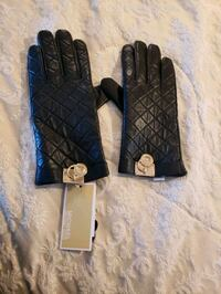 Michael Kors - Black Gloves Langley City, V2Y 1W8