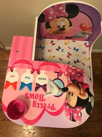 """Almost new No Scratches Free From smoke & pets in Very good condition. Pick up in Flushing . This Disney Desk and Chair for toddlers measures 23.5"""" long x 20.5"""" wide x 21.5"""" high."""
