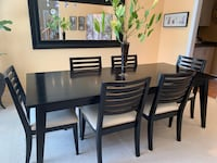 Dining room table with 6 chairs Thorold, L2V 0B6