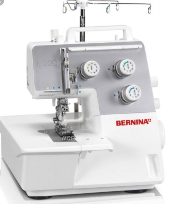 Bernina L220 coverstitch med kantbåndsapparat