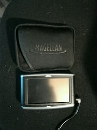 GPS comes with charger and case works great Rushville, 46173
