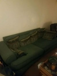 Used couch Norfolk, 23508