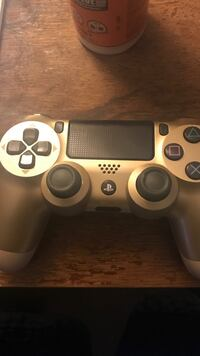 white Sony PS4 game controller New Orleans, 70115