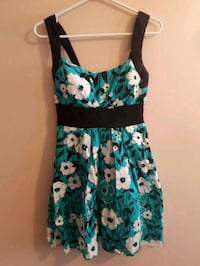 Perfect summer dress  Waterloo, N2L 3K4