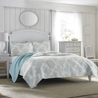 Laura Ashley Saltwater Reversible Quilt Set, Full/Queen Mississauga