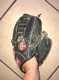 Rawlings Baseball Glove/ Adult/ Black Spring Hill, 34606