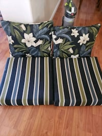 Couch pillows  Lancaster, 93535
