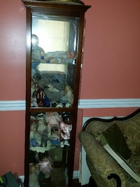 DISPLAY CABINET - VERY NICE!, Pick up in Stafford