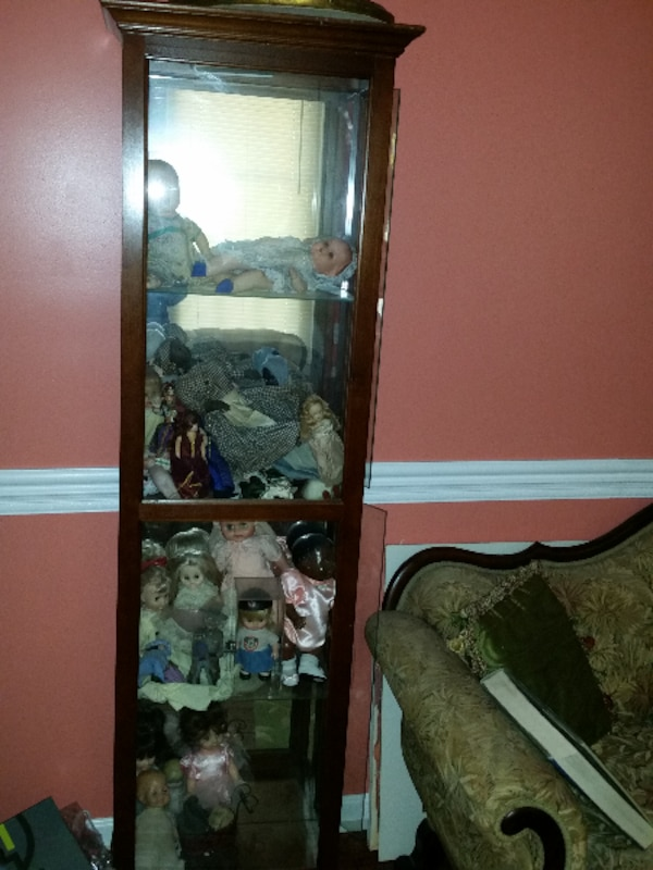 DISPLAY CABINET - VERY NICE!, Pick up in Stafford  edf0e859-aa7f-4466-bcfd-c1009f5eae10