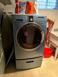 Washer and Dryer great shape Toronto, M9C 2Y2