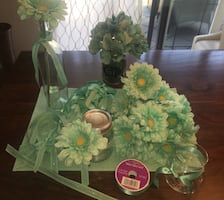 5 Gerbera centrepieces with beautiful glass holder and more!