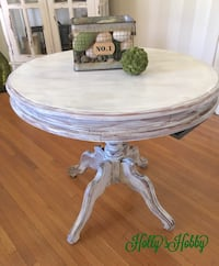Entryway table Hagerstown, 21740