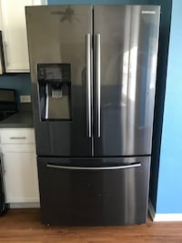 French Door Refrigerator with Dual Ice Maker Fort Worth, 76107
