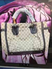 Gucci purse  2394 mi