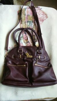 women's burgundy faux leather shoulder bag Lodi, 95242
