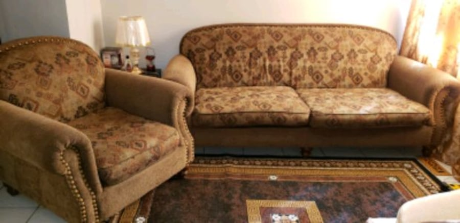 sofa and 1 seater sofa 66fe23fd-ee17-4cb5-a017-02dc5d016c7f