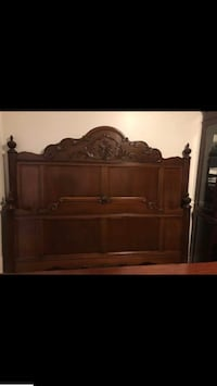 Urgent Moving Sale (King Size Bed) Beaconsfield, H9W 1K3