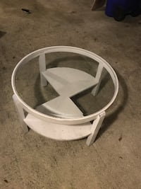 "Glass table - $20 - 33"" diameter and 19"" high  Deerfield Beach, 33442"
