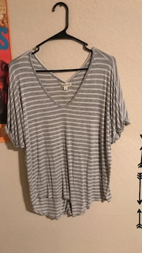 gray and white Stripe V-neck shirt women's L