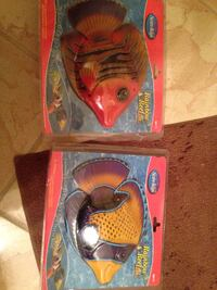 Battery operated swimming fish for pool New Lenox, 60451