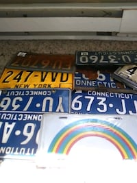 Collectibles/license plates or niknacks Norwich, 06360