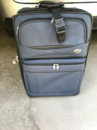 black and gray soft-side luggage Newmarket, L3Y 7S3