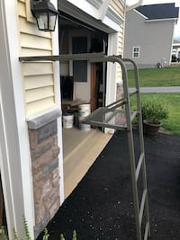 Ladder stand Middletown, 21769