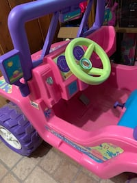 Power wheels jeep Barbie  Alexandria, 22312