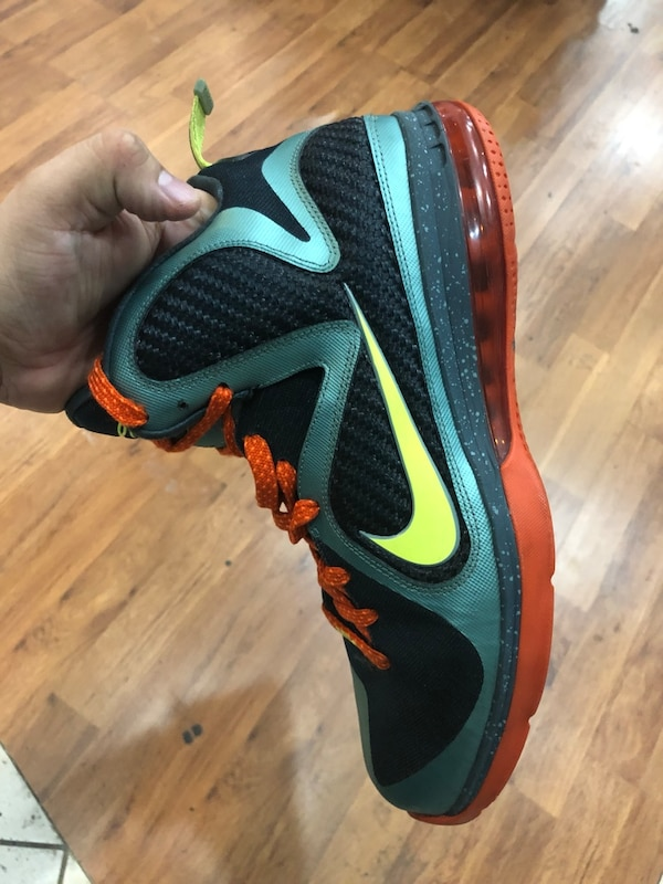 89ff3980f36 Used Cannon Lebron 9s size 11.5 for sale in Silver Spring - letgo