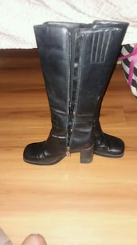 Tommy Hilfiger black leather boots Fort Worth, 76106