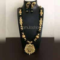 black and gold-colored beaded necklace Dhule, 424001